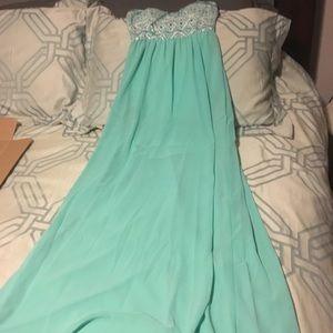 Dresses & Skirts - Style Rack NWOT S teal strapless dress.